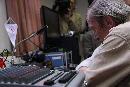 Sikeres rádiókapcsolat Simonyival